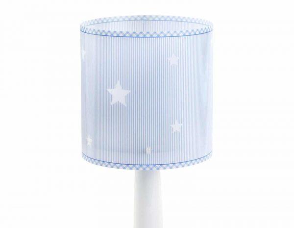 Κλασικής σχεδίασης παιδικό φωτιστικό κομοδίνου. Παρέχει άπλετο φως δημιουργώντας αίσθημα ασφάλειας στα παιδιά και τα συνοδεύει σε κάθε τους δραστηριότητά ακόμα και το διάβασμα. Ανθεκτικό στα χτυπήματα και τις πτώσεις. Απόλυτα συμβατό με τις ευρωπαϊκές προδιαγραφές ασφαλείας. Το Sweet Dreams Blue κομοδίνου φωτιστικό συμπληρώνει τα υπόλοιπα φωτιστικά της συλλογής.
