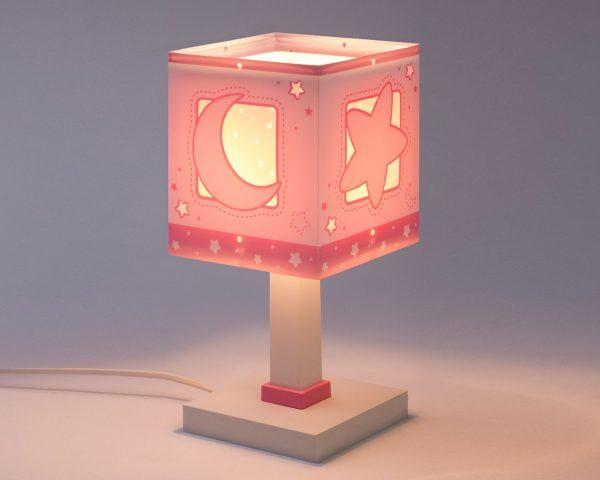 συμπληρωματικό φωτισμό δημιουργώντας περιβάλλον που ενθαρρύνει τα παιδιά να επιδοθούν σε ότι τους αρέσει περισσότερο – διασκέδαση και δημιουργικότητα! Απόλυτα ασφαλές ώστε τα παιδιά να μπορούν να μελετήσουν