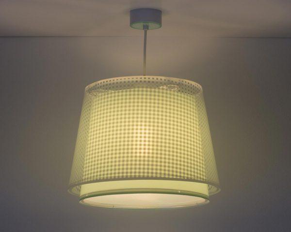 Το Vichy Green κρεμαστό παιδικό φωτιστικό οροφής διπλού τοιχώματος είναι μεγάλο σε μέγεθος και είναι κατάλληλο για γενικό φωτισμό. Συνθετικό υλικό αντοχής από πολυπροπυλένιο