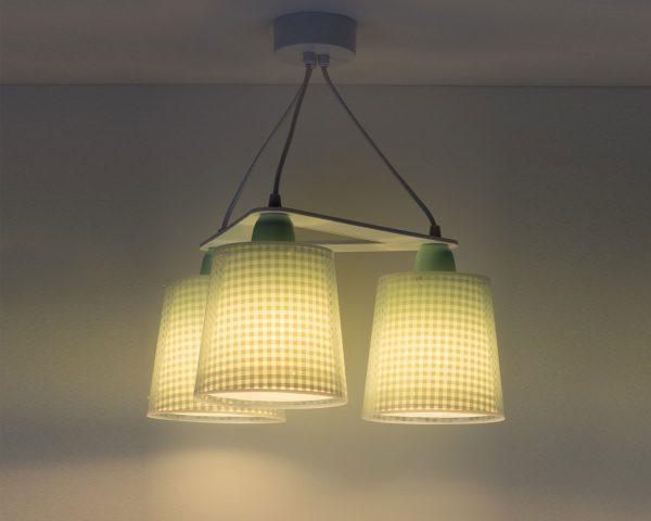 τριγωνική κατασκευή με τρία φωτεινά σώματα σε κάθε γωνία και ανάλογες θέσεις λαμπτήρων. Κατασκευασμένο με διπλά τοιχώματα προσφέρει άπλετο φως
