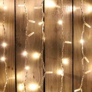 Κουρτίνα με Χριστουγεννιάτικα Λαμπάκια 100 LED Με Πρόγραμμα Βροχής 1.5x1m Διάφανο Καλώδιο/Θερμό Λευκό Χρώμα IP20 220-240V OEM 840375