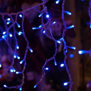 Ασύμμετρη Κουρτίνα με Χριστουγεννιάτικα Λαμπάκια 100 LED Επεκτεινόμενη 5.5m Διάφανο Καλώδιο/Μπλέ Χρώμα IP20 220-240V OEM 840380